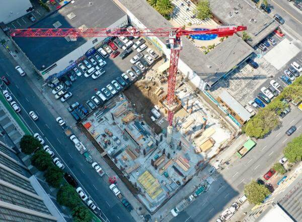 Aerial view of a construction site in the Tenderloin